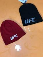 Продаю шапки кепки барсетки