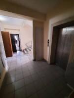 Срочно продаётся 2-х комнатная квартира в районе Медерова Элебаева эта