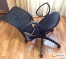 Куплю сломанные офисные кресла.