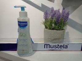 Очищающая вода Mustela