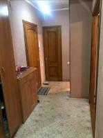 Продаю 1 комнатную квартиру! 43 кВ в мкр. Кок-Жар На первом этаже