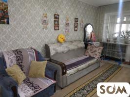 Продаю 1-комнатную квартиру, центр микрорайона Пишпек
